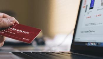 Imagem-que-representa-uma-pessoa-comprando-online