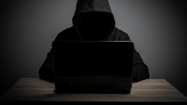 Homem misterioso ensinando como divulgar links de afiliados hoje